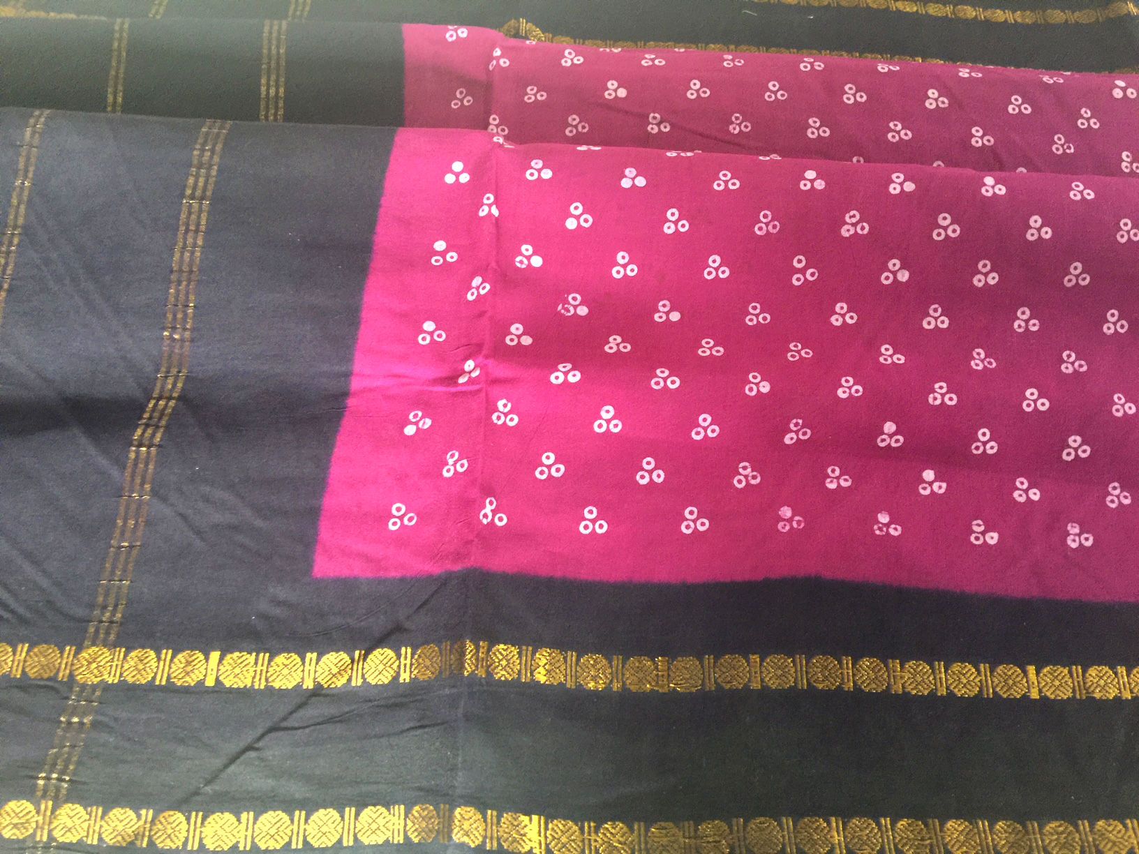 Nine Yard Traditional Majenta Sungudi with Rudraksh Border
