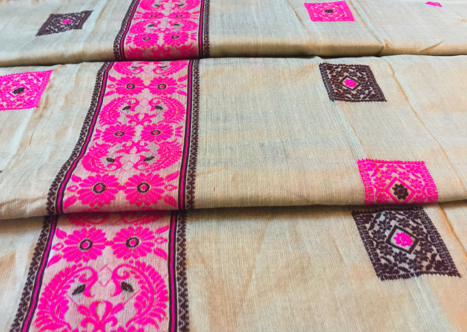 Navaratri Sale! Assam Pistachio Padmini Silk Box Motif Saree