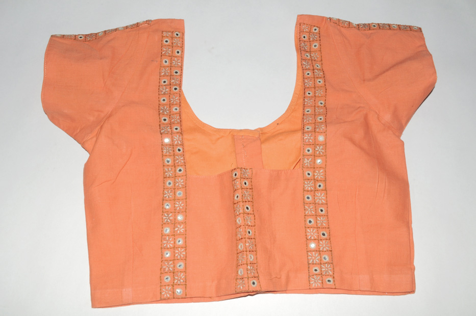 Choli kanta embroidery peach