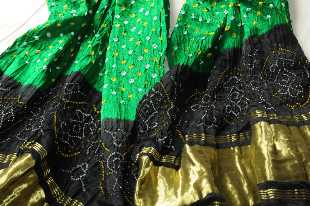 Bandhni Silk Dupatta Emerald Green with Black