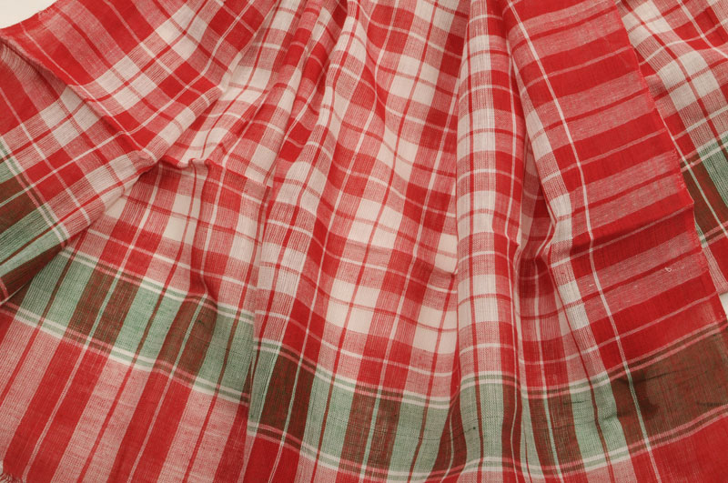 Hand Loomed Checks Red White