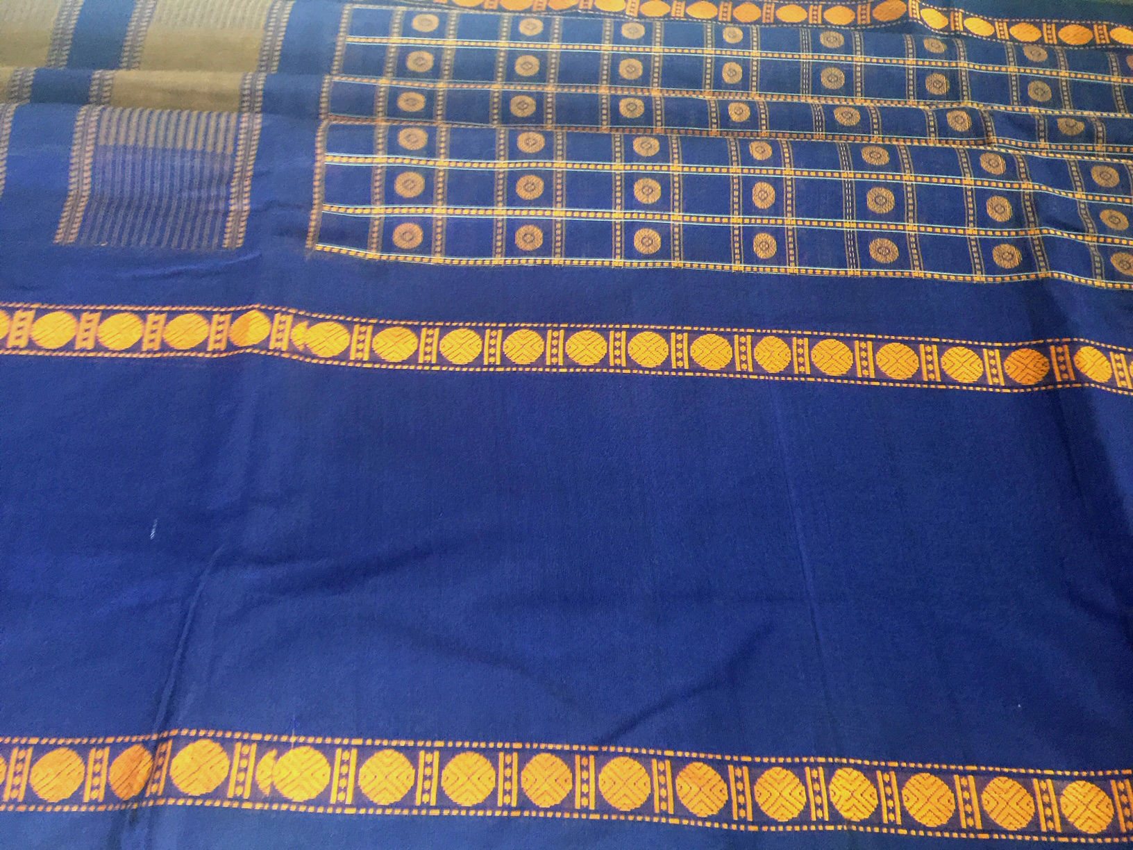 Sale! 20% Off! Kanchipuram Ayirum Butta Navy
