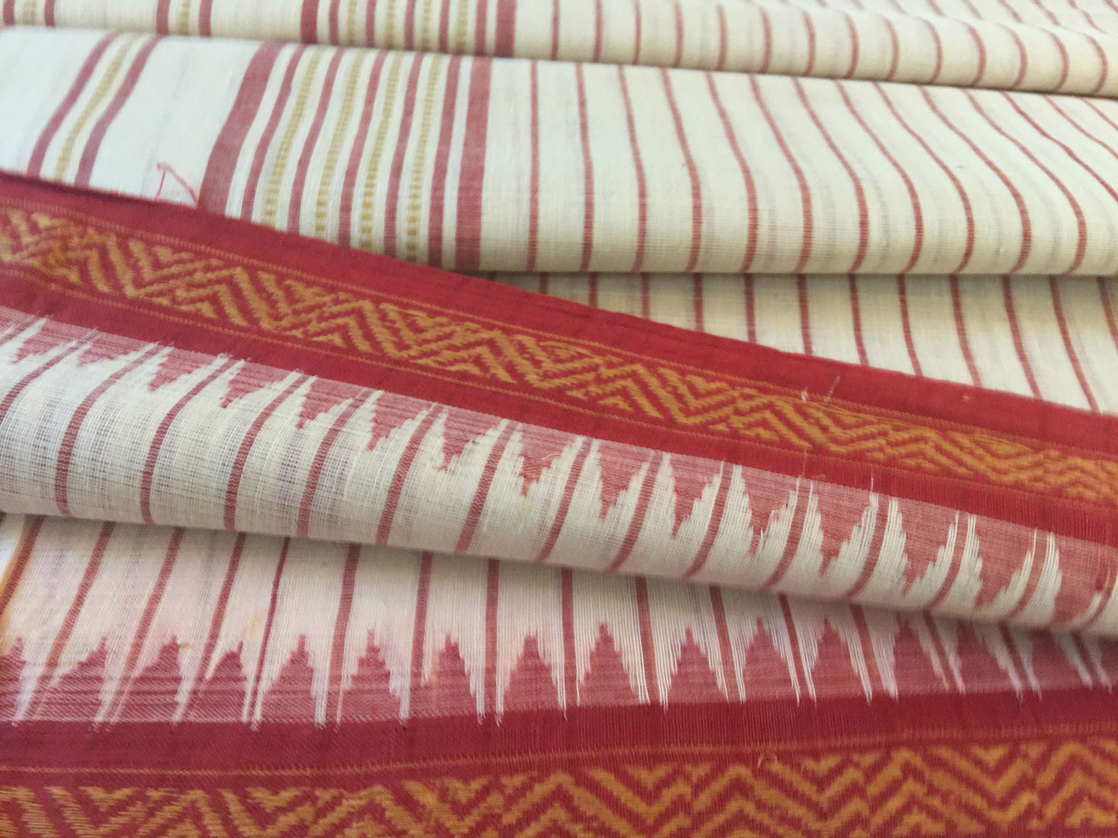Ponduru Khadi White and Red Stripes