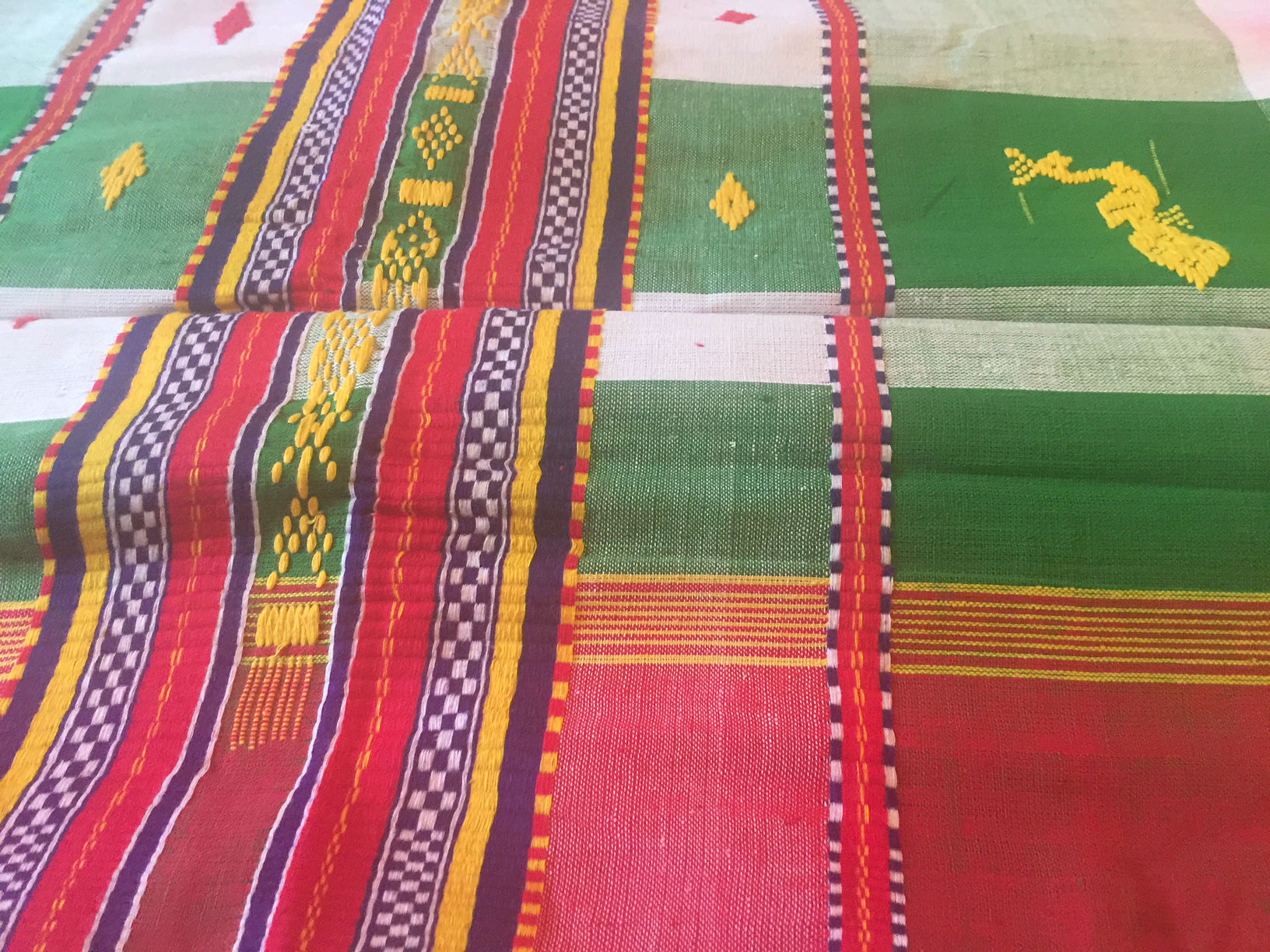 Santal Phuta Tribal Saree - Click Image to Close