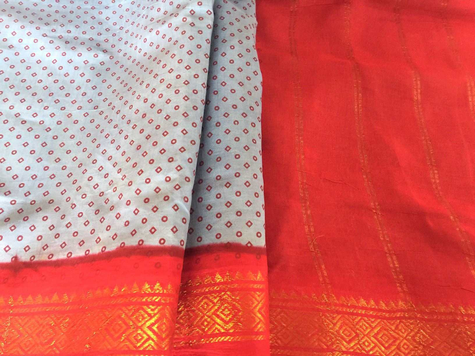 Sale! 20% Off! Sungudi Blue with Red Border