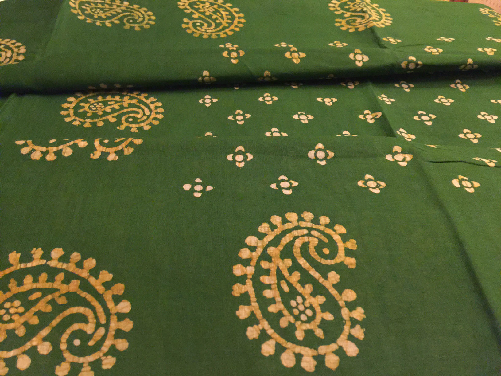 Sungudi Emerald Green with Paisely Prints